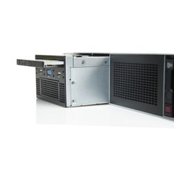 HPE DL38X Gen10 Universal Media Bay Carrier panel
