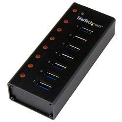 StarTech.com 7-poorts USB 3.0 hub op een desktop of op de wand monteerbare metalen behuizing